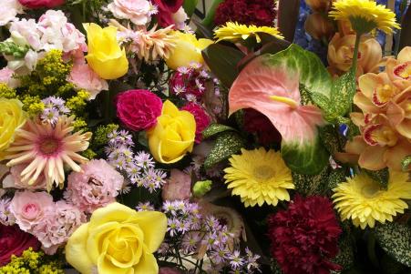 口コミでの評判からスタンド花を贈るのにおすすめ!ショップをご紹介!【シーン別】